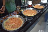 Kedai Pak Ciman: Lamak Bana! Nasi Kapau Gulai Tambusu dan Tunjang