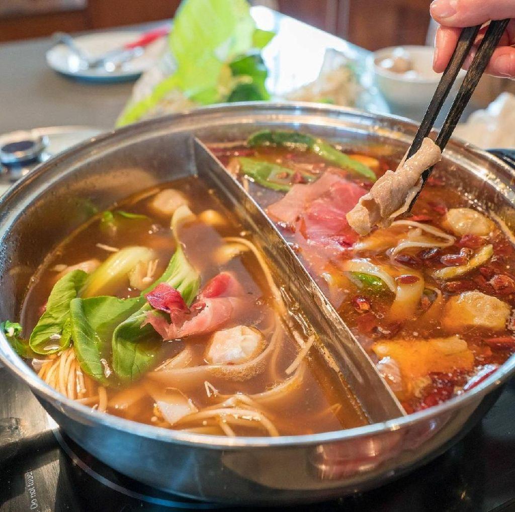 Hot Pot, Shabu-shabu Gaya China dengan Beragam Kaldu