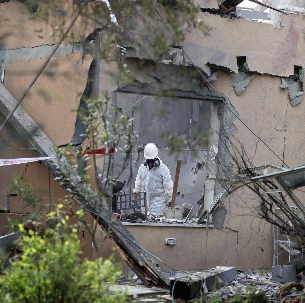Jejak Roket Palestina Lukai 7 Warga Israel