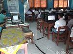 Alat Terbatas, UNBK SMK di Tasikmalaya Dibagi Dua Sesi