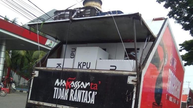 Viral Kotak Suara Diangkut Mobil Sampah, KPU Makassar Beri Penjelasan