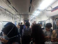 Kondisi di dalam MRT (Shinta/detikcom)