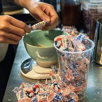Selain Es Krim, Permen 'White Rabbit' Kini Dibuat Milk Tea