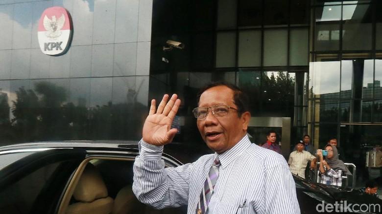 Mahfud Md Janji Beri Saran ke Jokowi yang Pertimbangkan Perppu KPK