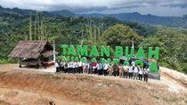 Antam Kembangkan 14 Varian Buah Asli Indonesia di Bogor