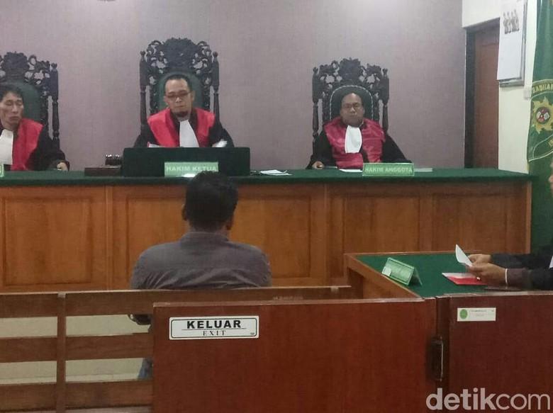 Ketua PAC PDIP Terdakwa Perusakan Baliho Dituntut 4 Bulan Penjara