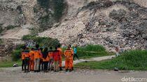 Pencarian Korban Tertimbun Longsor Gunung Kapur Tak Kunjung Ditemukan
