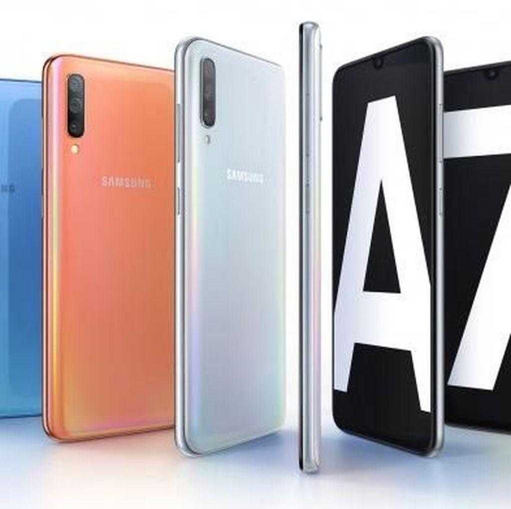 Galaxy A70 Debut dengan Layar Tinggi