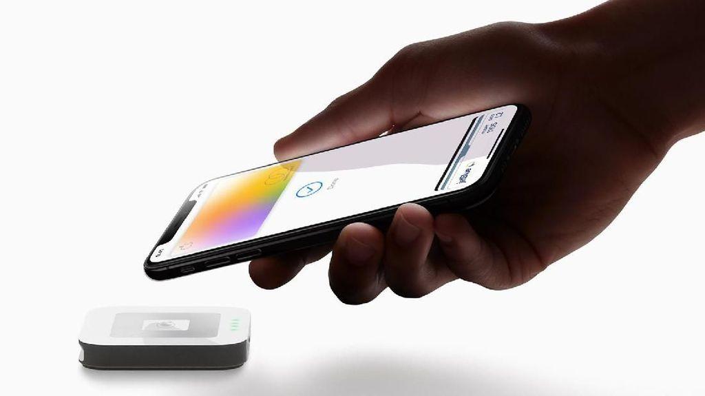 Tim Cook Pastikan Kartu Kredit Apple Meluncur Agustus