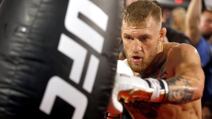 Conor McGregor menantang 50 cent duel gara-gara postingan meme di Instagram (Reuters)