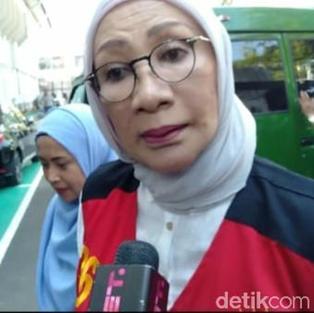 Video Ratna Sarumpaet Minta Maaf ke Dokter RS Bina Estetika