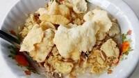 Cara Bikin Bubur Ayam Enak dan Gurih dari Penjual Bubur Kaki Lima