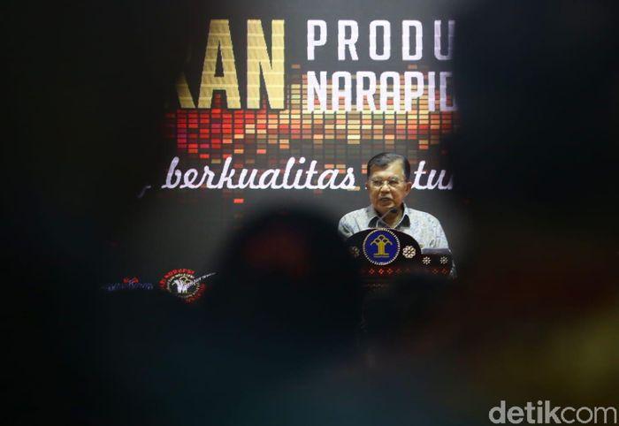 Wakil Presiden Jusuf Kalla (JK) membuka Pameran Unggulan Produk Narapidana di Kementerian Perindustrian (Kemenperin), Jakarta, Selasa (26/3/2019).