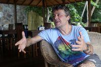 Stefano, sang pengelola asal Italia,