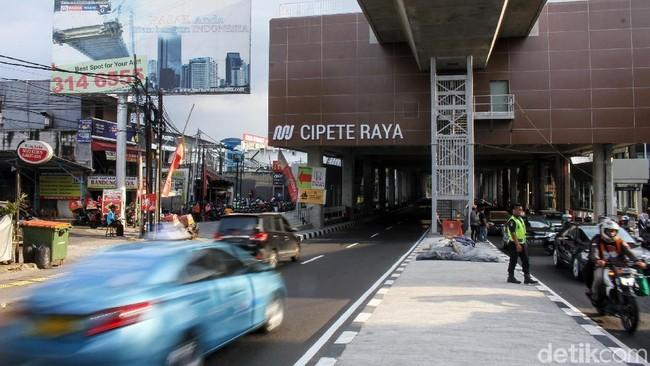 Geliat Bisnis di Kolong MRT, Harapan Baru hingga Kisah Pilu