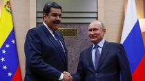 Guaido Sebut Maduro Bayar Tentara Rusia dengan Emas