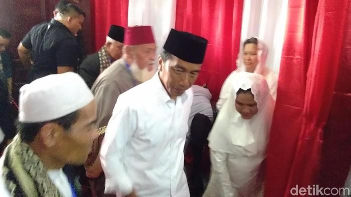 Foto: Jokowi di Lhokseumawe (Datuk-detikcom)