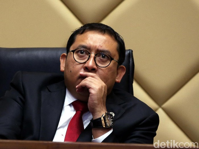 Politikus senior PAN Amien Rais bertandang ke gedung DPR. Dia menjadi pembicara dalam sebuah diskusi tentang DPT Pemilu 2019.