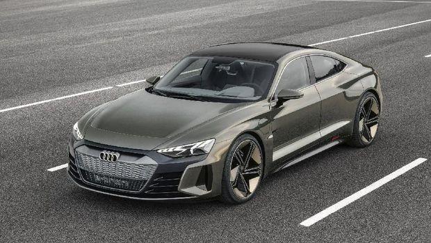 Audi A4 e-tron EV tantang Tesla Model 3