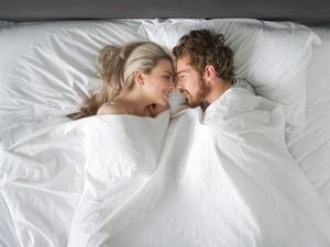 7 Hari Bercinta Bersama Pasangan untuk Dapatkan Pengalaman Seks Hebat