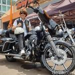 Moge Harley-Davidson di Mata Lady Bikers