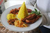 Selera Bogana: Makan Siang Kenyang dengan Aneka Nasi Gurih Lauk Komplet