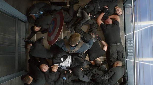 Chris Evans Kenang Bagian Terbaik Film Captain America, Yang Mana?