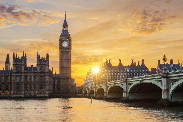 Mari mulai dari yang paling ikonik dari Kota London, The Big Ben. Menara jam ini telah menjadi salah satu atraksi paling populer di London. (iStock)