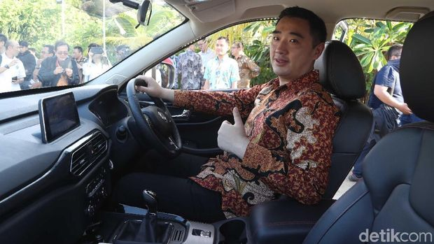 Managing Director of Sales Center PT Sokonindo Automobile, Franz Wang