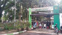 Suasana yang hijau menghadap Taman Trunojoyo (M Aminudin/detikcom)
