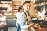 Hindari 10 Kesalahan Ini Saat Jamuan Makan Demi Kesopanan