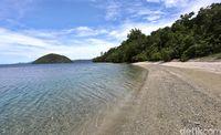 Pantai di Desa Tawa Berair Panas, Kok Bisa?