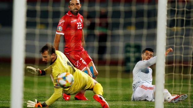 Alvaro Morata antar Spanyol menang 2-0 atas Malta.