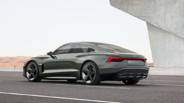 Audi A4 e-tron EV