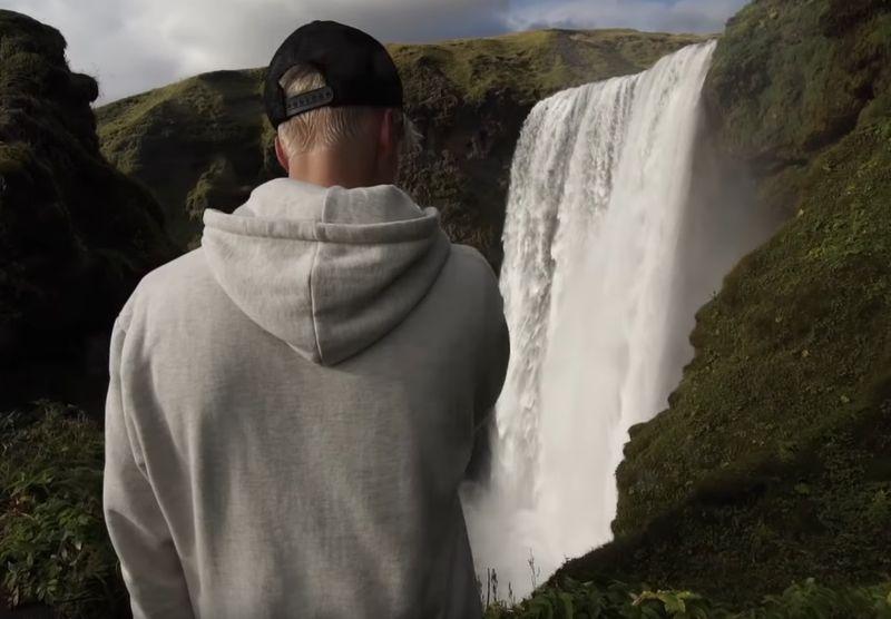 Lokasi syuting video klip Justin Bieber berjudul Ill Show You bertempat di kawasan cagar alam Fjaðrárgljúfur atau Fjadrargljufur, di Islandia (Youtube/Justin Bieber)