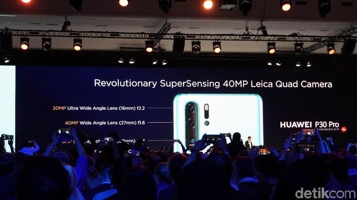 Peluncuran seri Huawei P30 turut menyebut-nyebut Samsung. (Foto: Rachmatunnisa/detikINET)