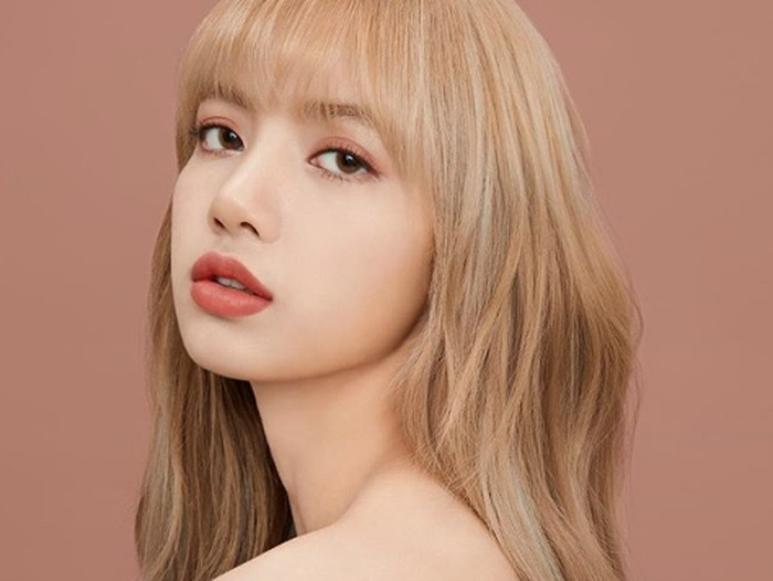 Lisa BLACKPINK dari instagram.