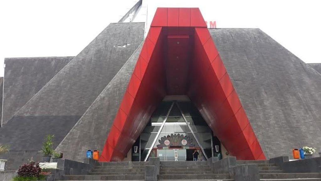 Mengenal Indonesia Lewat Museum Gunungapi Merapi