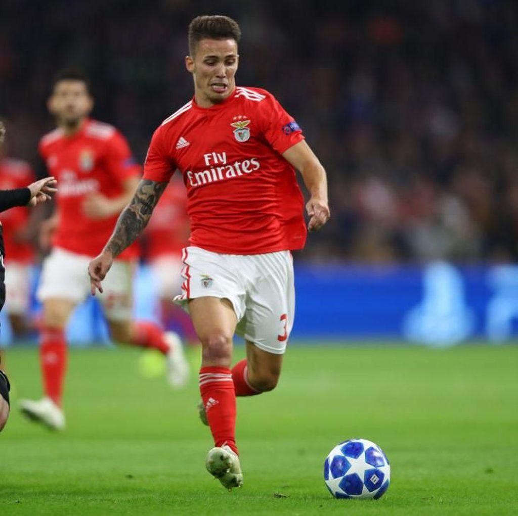 Juventus Ramaikan Persaingan MU dan Arsenal Buru Alex Grimaldo