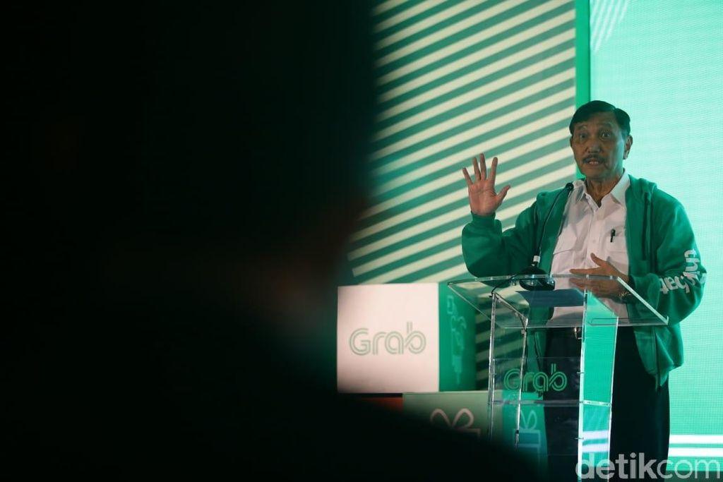 Menko Bidang Kemaritiman Luhut Binsar Pandjaitan dan jajarannya menjadi salah satu perwakilan pemerintah yang ikut membina para peserta start up dalam acara Thinkubator yang berlangsung di Mal Kota Kasablanka, Kamis (28/3/2019).