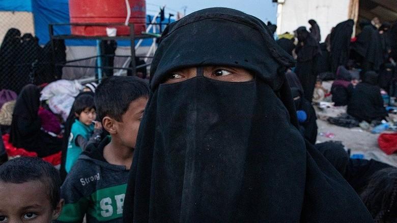 Puluhan WNI Ditemukan di Antara Ribuan Petempur Asing ISIS di Kamp Suriah