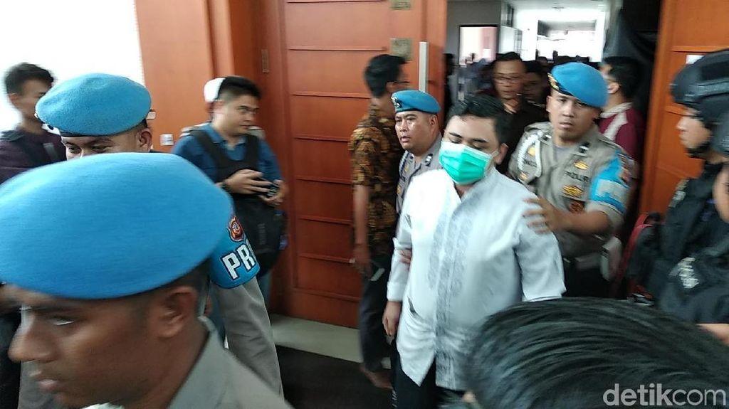 Korban Penganiayaan Habib Bahar bin Smith Bersaksi di Ruang Sidang