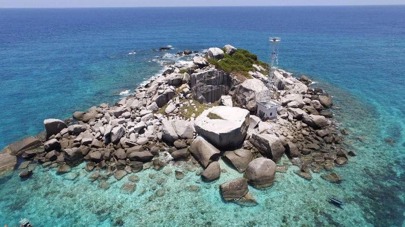 Pulau Anambas merupakan pulau terluar Indonesia, tepatnya ada di Kepulauan Riau (My Trip My Adventure)