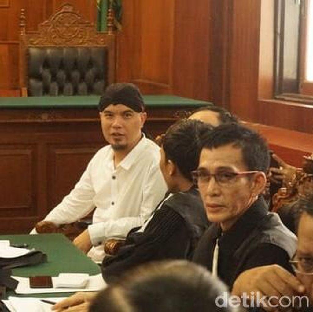 Keinginan Ahmad Dhani Lebaran Bareng Keluarga di Jakarta Pupus