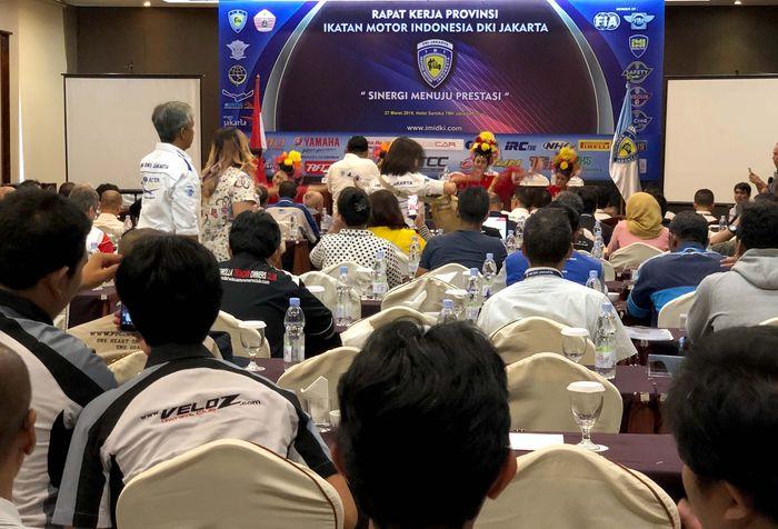 Sedikitnya hadir sekitar 175 klub event yang memang sudah terdaftar sebagai anggota IMI di DKI Jakarta. Mereka memberikan masukan untuk kegiatan-kegiatan yang juga akan dimasukkan ke dalam kalender program kerja IMI baik dari segi wisata ataupun olahraga balap. Foto: dok. IMI