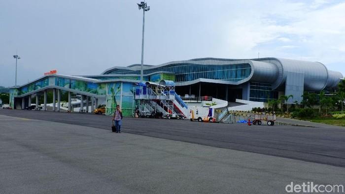 bandara Komodo, Flores , NTT