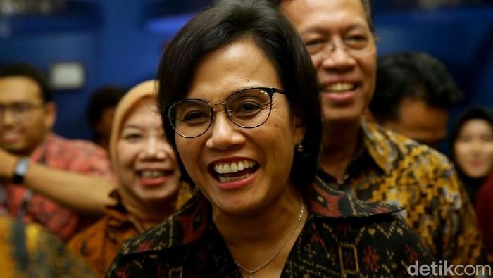 Menkeu Sri Mulyani tInjau Kantor Pajak di Jakarta, Jumat (29/3/2019).