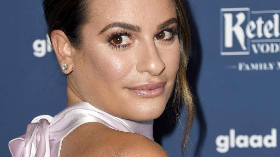 Senyum Semringah Lea Michele si Pengantin Baru