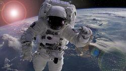 Bagi yang Penasaran, Begini Cara Astronot Pipis di Luar Angkasa