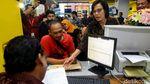 Sri Mulyani Blusukan Cek Pelaporan SPT di Kantor Pajak Tebet